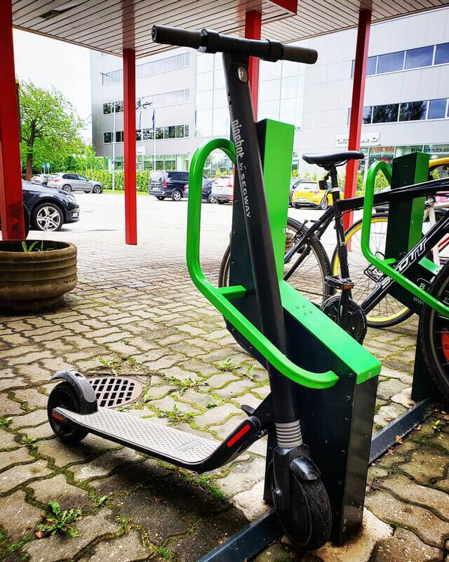 Elløbehjul kan også parkeres