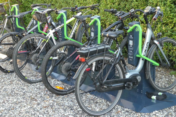 Elcykel,e-MTB, MTB, landevejscykel og city bike i Bikeep station